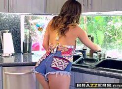 Morena gostosa xvideos brasileirinhas
