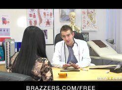 Ver video porno com gostosa peituda tomando rolada na buceta